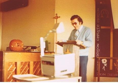 Reverend Warren Preaching at Bezek Centre